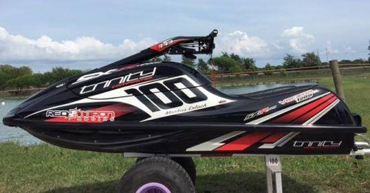Trinity Super Light Vector V-Drive Composite Hull with 1200cc Kawasaki Race  Triple engine